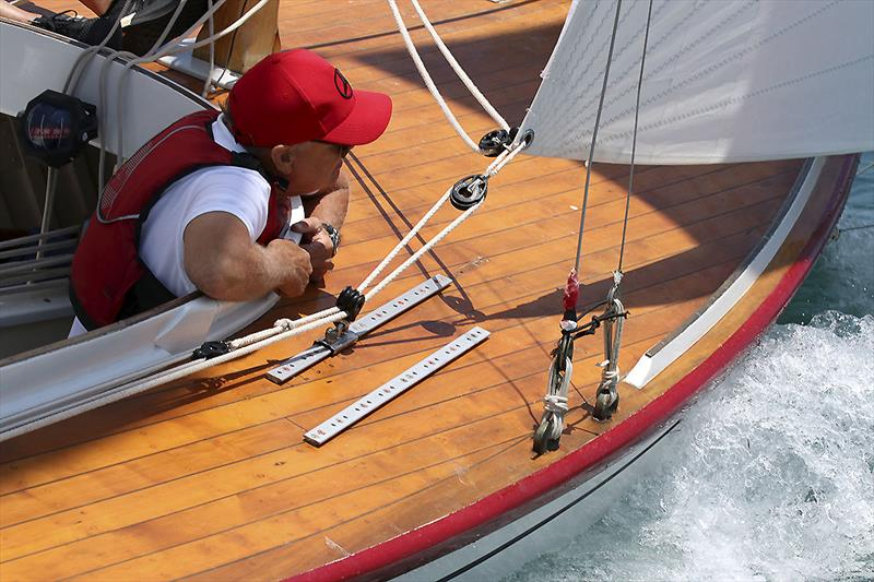 One of the crew from Romy keeping an eye out for starboard tackers. - photo © A.J. McKinnon
