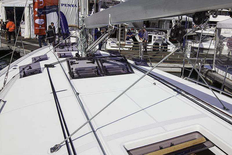 The German mainsheet system of the Jeanneau Sun Odyssey 490 - photo © John Curnow